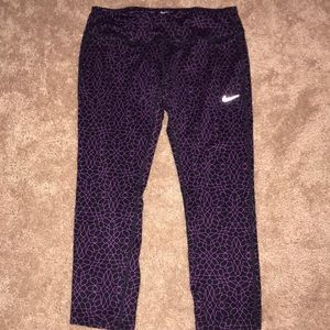 🆕Nike Crop leggings